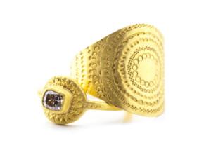 Ringe in Feingold 999/- mit Diamant, punziert